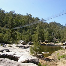 Suspension bridge over Cox's River along the Six Foot Track